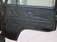 Cascade VB2 molded onto door