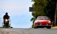 un Karmann siguiendo la carrera panamericana