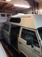 Adventurewagen awning location