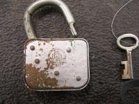 VW Burg padlock