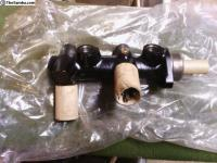 71-79 211 611 021AA Master Cylinder 23.8mm T2