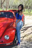 WOMAN VW