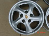"Porsche Boxster 17"" Twists"