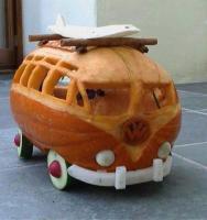 21-window Halloween Pumpkin Bus