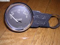 Split gas gauge VDO holder