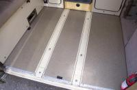 Middle seat rails and trim