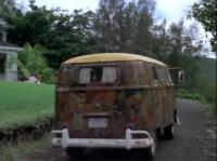 Bus on Hawaii 5-0