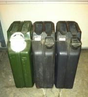 20 liter jerry cans