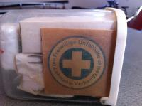 Maskottchen first aid kit