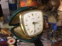 Mauthe travel clock