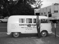 Harvey's Tv Service Logo Kombi Florida