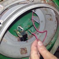 headlight socket wiring