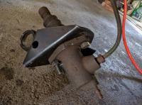 Reattaching clutch slave cylinder to clutch slave cylinder bracket