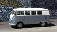 My 65 VW BUS cruzzin in Hawaii daily driver run it hard rust and all...