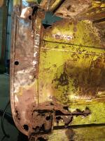 B-pillar rust