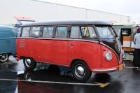 1958 15-Window Deluxe Bus