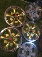 Original 2pc wheel faces restored 1969 deep sea green squareback build