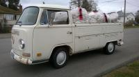 1970 Single Cab loaded with 700kg