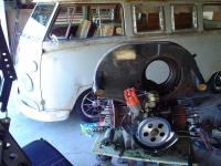 Kamper Kit gettin some engine work