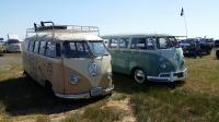 Barndoor Kombi and Green 15-Window
