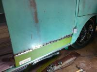 Lower cargo door repair