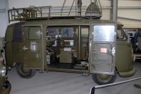 Schweizer Armee Radio Bus