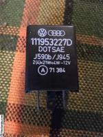 111 953 227 D Flasher relay