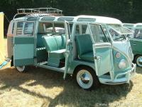 67 VW 21 window Micro Bus 1500cc 4 speed with safari windows & rag top restored to original Condition