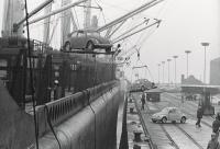 Ship unloading bugs.