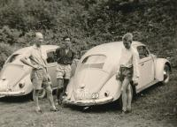Vintage VW oval window photos