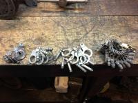 Distributor clamp