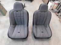 Race trim seats for the buggy
