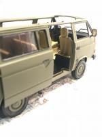 Revell VW T3 Bundeswehr 1/24 (VW Bus U.N.)