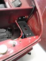 dual circuit reservoir mount