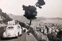 Vintage VW oval window photos