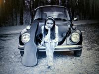 A Girl, Guitar & Her VW