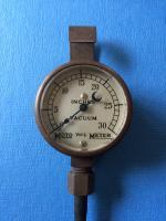 Moto Meter vacuum gauge