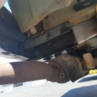 Late bay trailer hitch