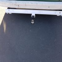 Late bay trailer hitch