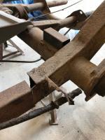 barn door chassis