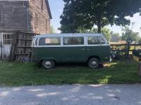 71' VW T2 Bus