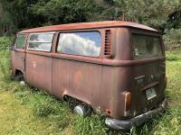 1971 VW BUS field find