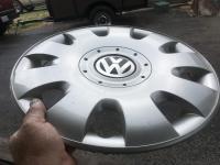 Van hubcaps