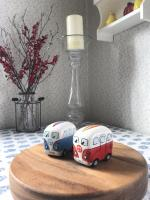 Salt and Pepper Bus shakers