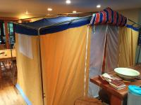 Bay window side tent