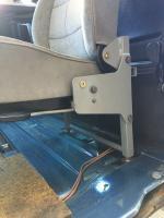 86 syncro rear jump seat