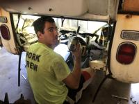How to remove a 1971 bay window engine