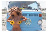 #Wanderlust naked girl the pursuit of the postcard!