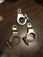 Distributor clamps