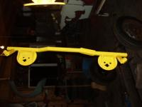 swing axle bracket for airbag